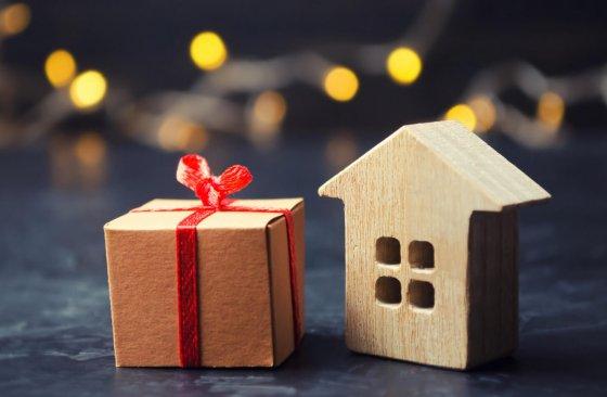 Darování nebo dědictví: Jak přenechat majetek