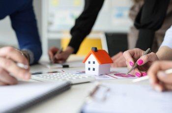 Článek Hypotéka s ručitelem. Jaké má výhody a nevýhody?